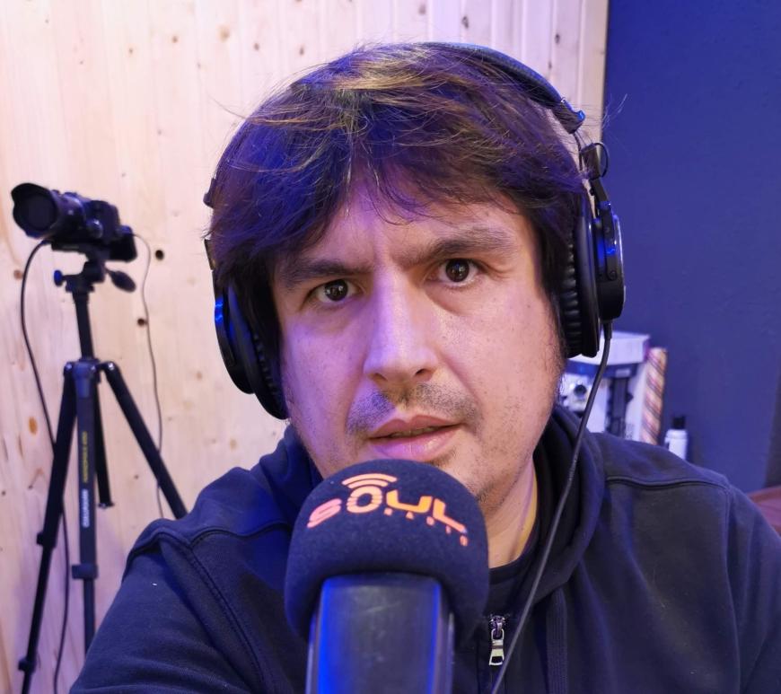 Andres Verdeguer dirige y presenta Embestidas en Soul Radio